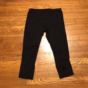 Lululemon run crop black pants size 8